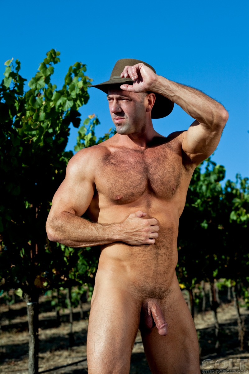 Gay Naked Farmers Men