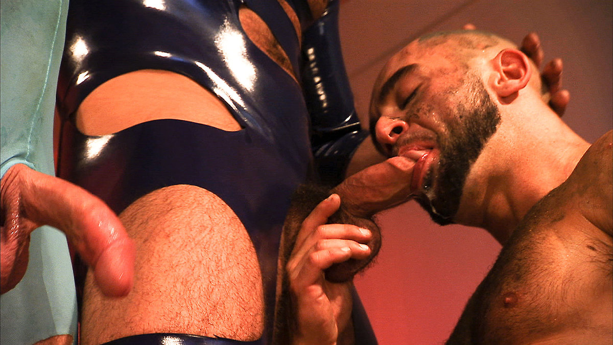 xvideos gay muscle hunks