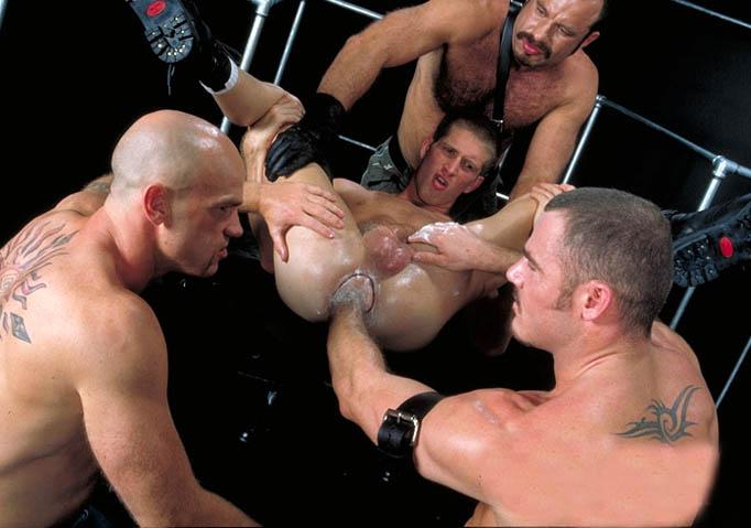 Фото голых парней - пара геев занимаются сексом. Фото голых парней - геи н