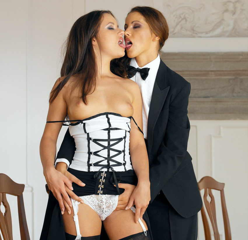 Have pics Who Gets What In A Divorce Settlement love play, very sensual
