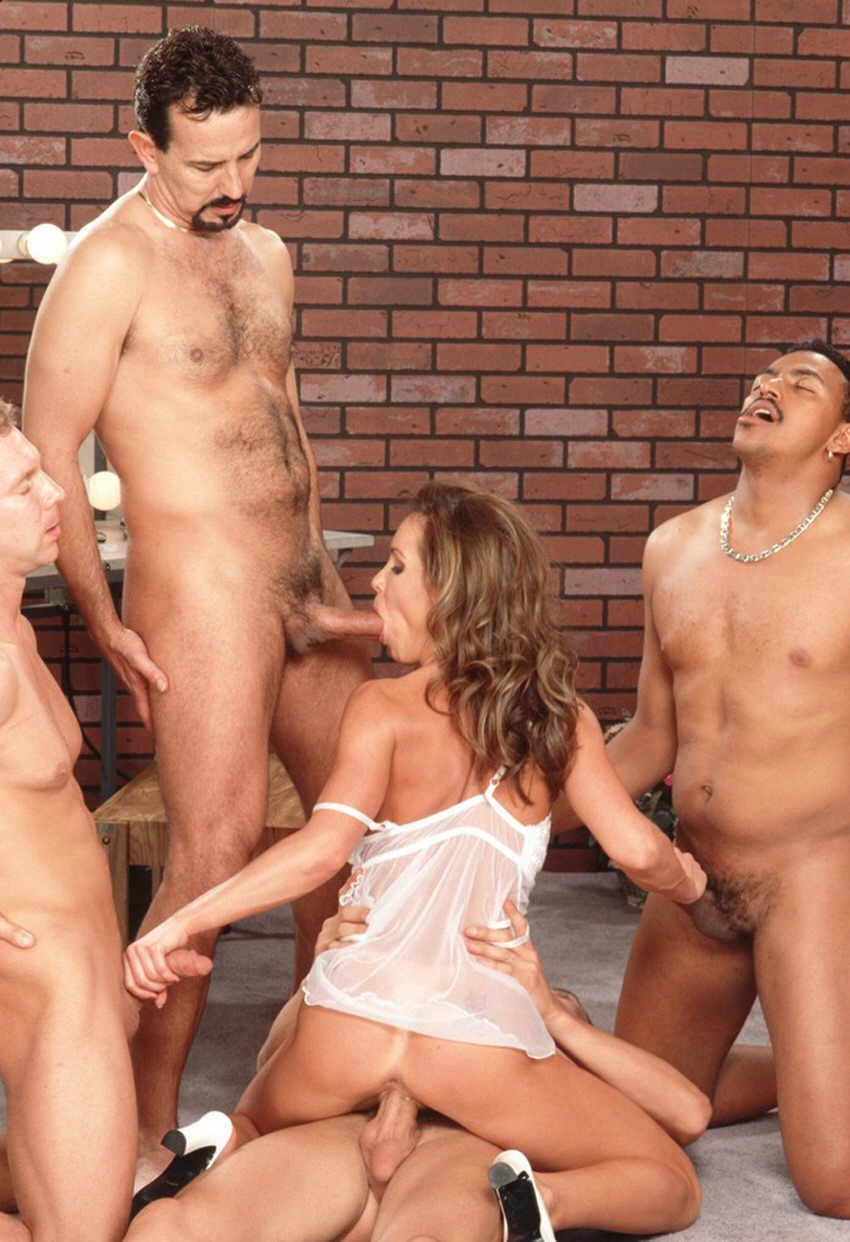 posmotret-besplatno-gruppovoy-seks