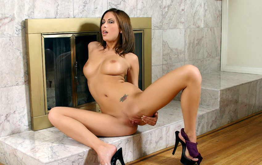 Catalina Taylor - Una latina que folla rico en Pornes