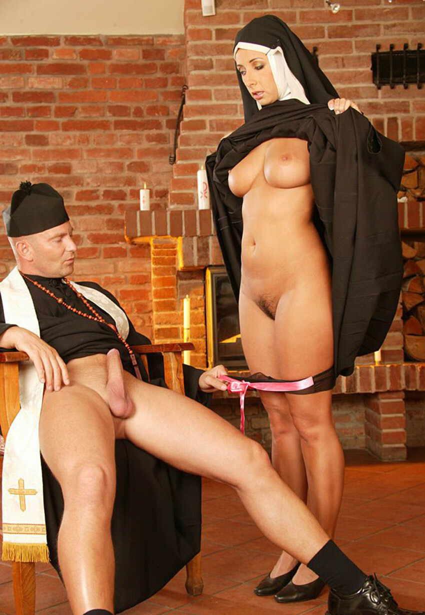 порно рассказы про похотливую монашку