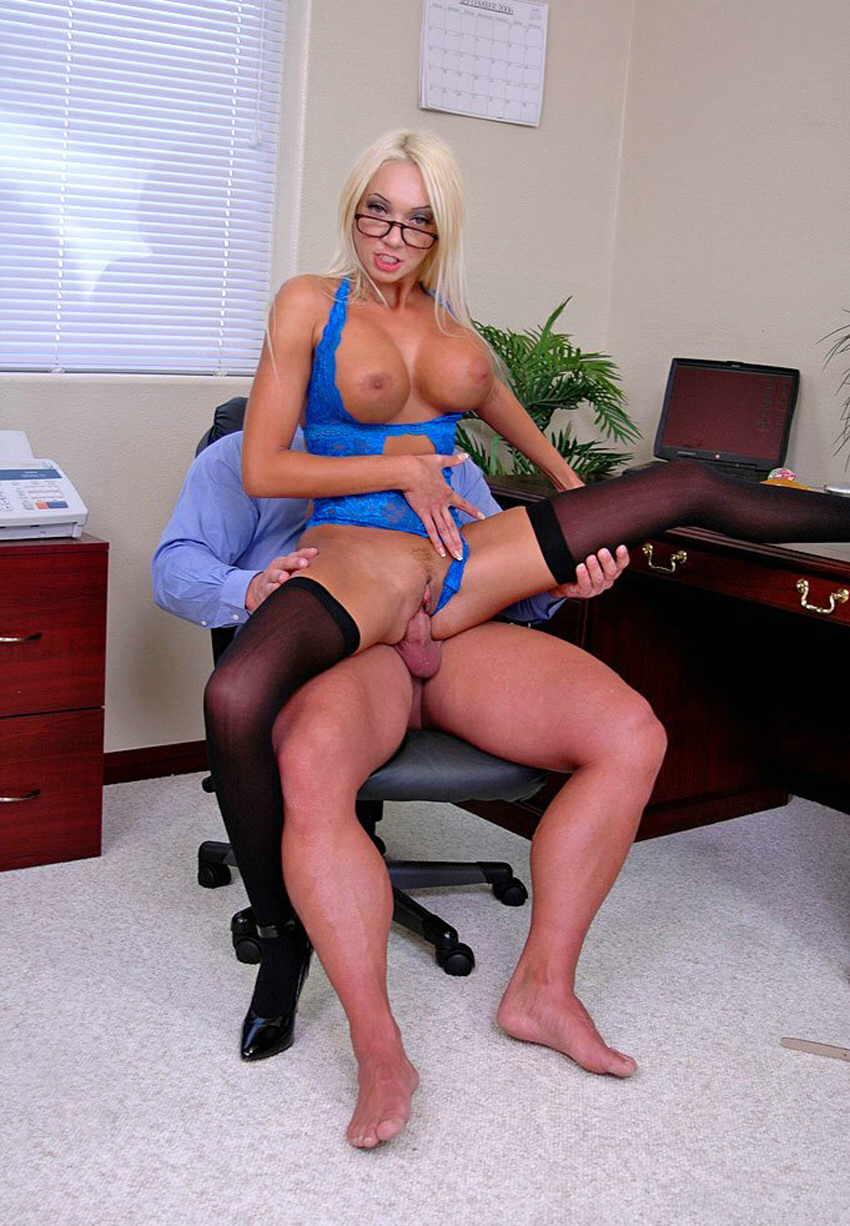 Порно видео секретарш в возрасте